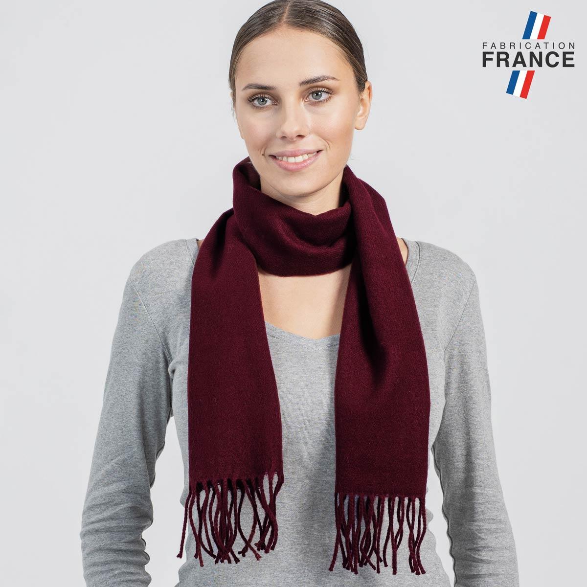 AT-05117_W12-2FR_Echarpe-franges-bordeaux-femme-fabrication-francaise
