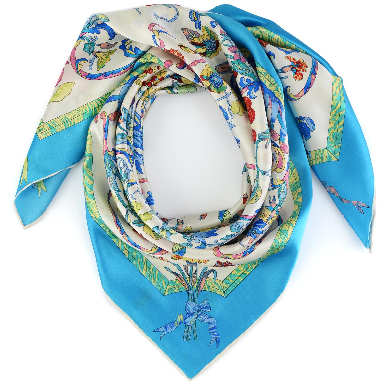 AT-03841-bleu-F16-carre-de-soie-bleu-motifs-vegetaux