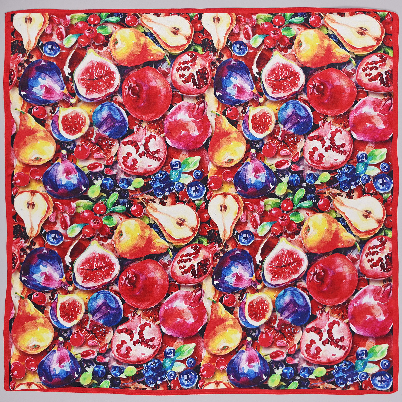 AT-03860-rouge-A16-carr-soie-petit-fruits-rouges