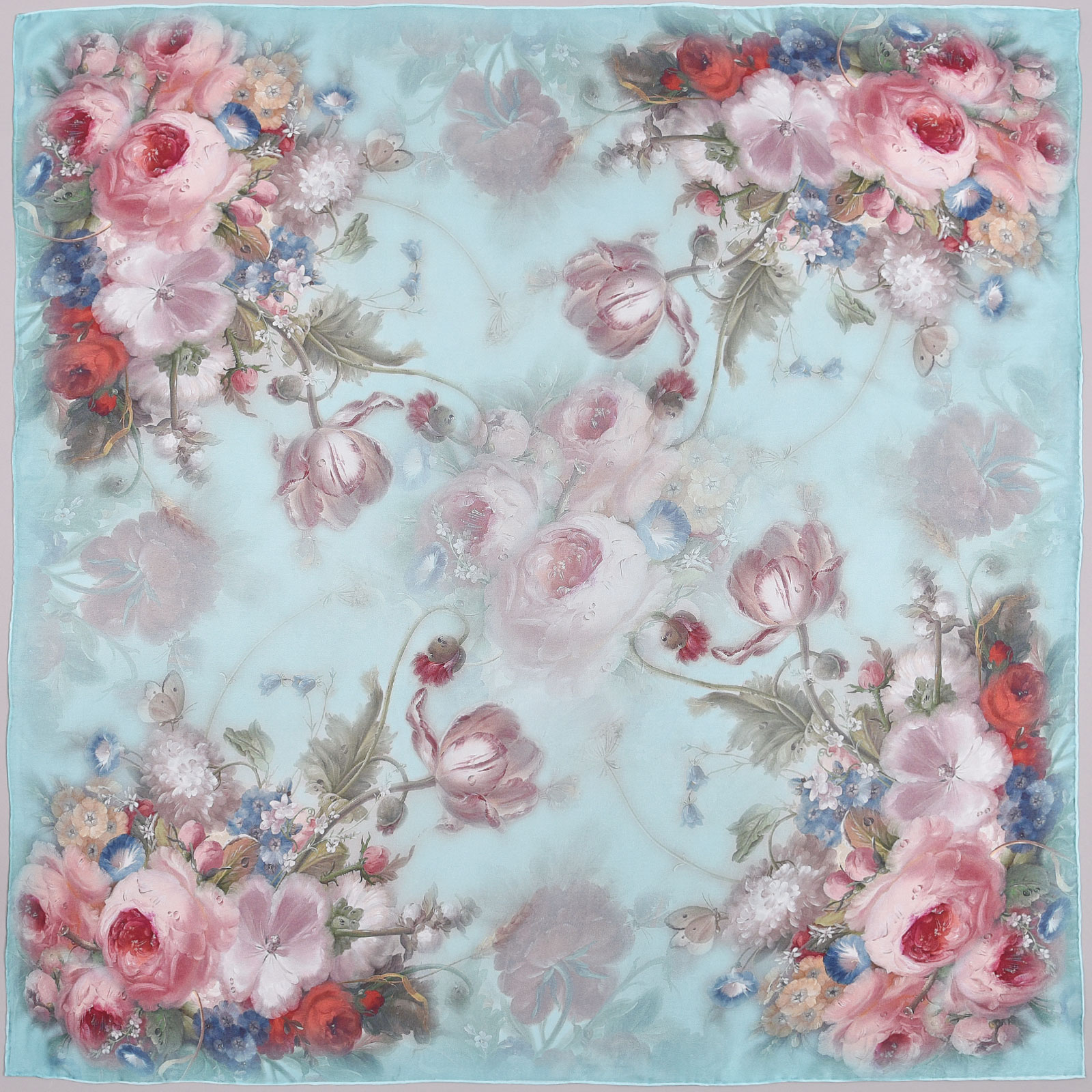 AT-03892-turquoise-A16-grand-carre-soie-roses-sur-bleu