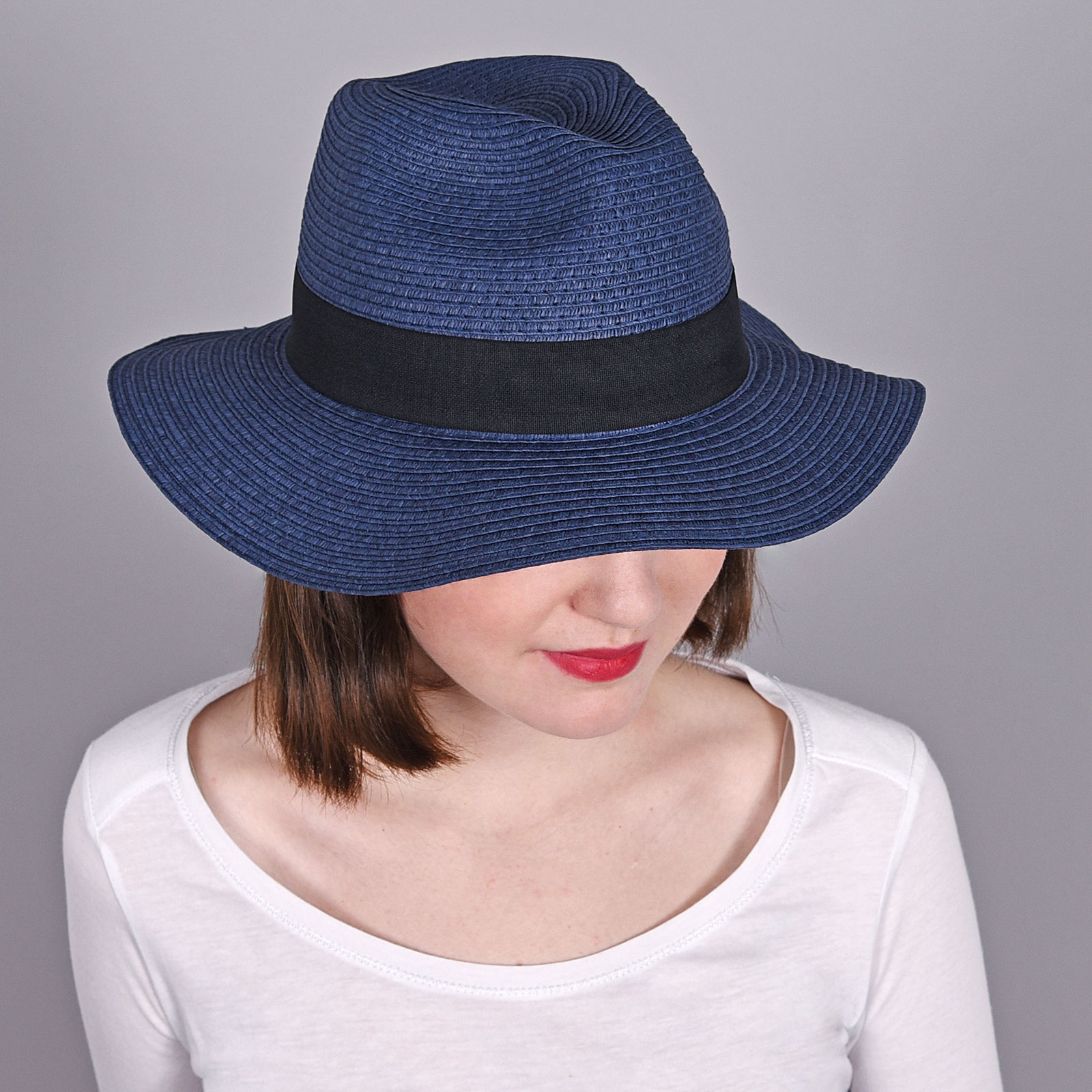 CP-00740-marine-V16-2-trilby-femme-bleu-bandeau-noir