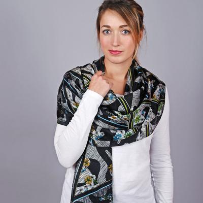 A découvrir - Etoles 100 % soie - Foulards femme et accessoires 9edef90252f