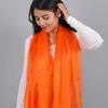 AT-03972-VF16-2-etole-soie-femme-orange-uni