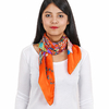 AT-03975-VF16-P-carr-soie-fleurs-orange