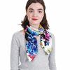 AT-04029-VF16-P-carre-soie-femme-blanc-fleurs