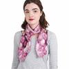 AT-04051-VF16-P-carre-de-soie-femme-roses