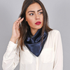 AT-04088-VF16-foulard-carre-bleu-marine