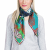 AT-04124-VF16-P-foulard-carre-soie-bleu