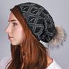 CP-01044-VF16-1-bonnet-femme-strass-losanges-noir-2