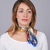 AT-04654-VF16-1-carre-soie-bleu-fleurs-et-papillons