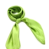 AT-02022-F10-carre-soie-vert-pomme