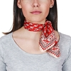 AT-04692-VF10-P-carre-soie-floral-rouge