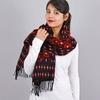 AT-03461-VF10-1-chale-femme-motifs-geometriques-marine-rouge