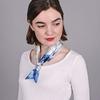 AT-03857-bleu-V10-petit-carre-soie-branches-cerisier-bleu