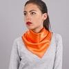 AT-03929-VF10-foulard-hotesse-orange