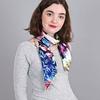 AT-04029-VF10-carre-de-soie-floral