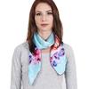 AT-04045-VF10-P-carre-de-soie-floral-oeillets-bleu-ciel