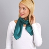 AT-04065-VF10-foulard-femme-vert-anglais