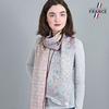 AT-04282-VF10-LB_FR-echarpe-femme-pastel-qualicoq-motifs-geometriques