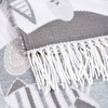 AT-04531-D10-chale-hiver-gris-art-moderne