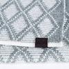 AT-04556-D10-echarpe-femme-losanges-gris