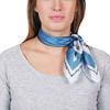AT-04639-VF10-P-carre-soie-gris-floral
