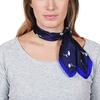 AT-04643-VF10-carre-soie-femme-petites-fleurs-sur-bleu