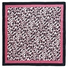 AT-04651-A10-carre-soie-femme-leopard-rose