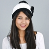 CP-00727-VF10-1-bonnet-pompon-noeud-papillon-blanc-noir