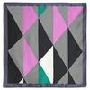 AT-04757-A10-carr-soie-triangles-noir