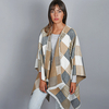 AT-04808-VF10-1-poncho-carreaux-beige-gris