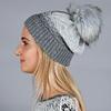 CP-01541-VF10-bonnet-femme-pompon-gris