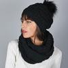 AT-05882-VF10-snood-hiver-et-bonnet-noir
