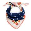 AT-06358_F12-1-Carre-en-soie-roses-bleu-marine