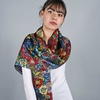 _Etole-femme-soie-fleurs-multicolores