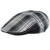 CP-01648_F12-1--_Casquette-plate-tartan-noire