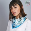 AT-05394_W12-1IT_Foulard-carre-soie-floral-bleu-made-in-italie
