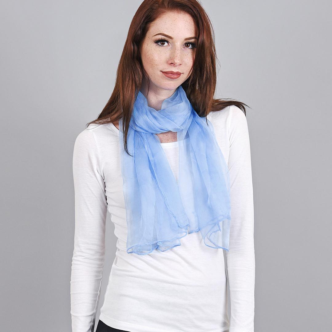 AT-04072-VF16-foulard-mousseline-soie-bleu-ciel
