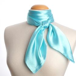 Grand foulard carré Polysatin BLEU PALE uni