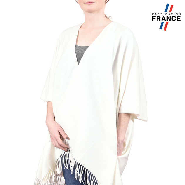 AT-03825-blanc-V10-poncho-femme-hiver-larges-poches