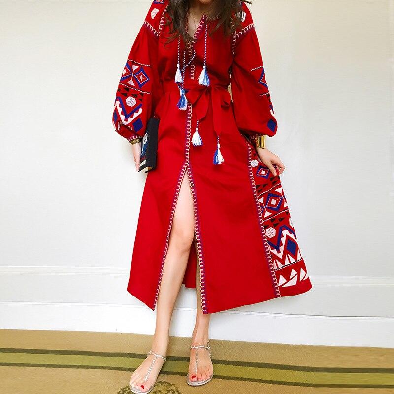 Robe Longue Rouge Boho Brodée à Pompons MELINE