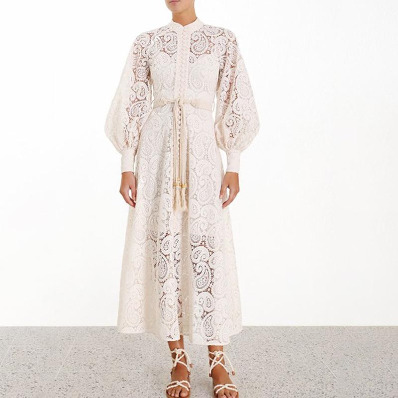 Robe Longue Bohème Blanche à Crochet et Pompons FLAIRY