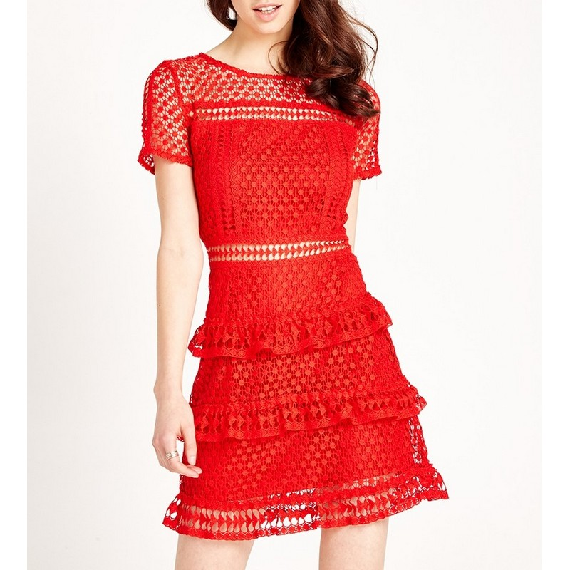 Robe Rouge Crochet et Volants JANE