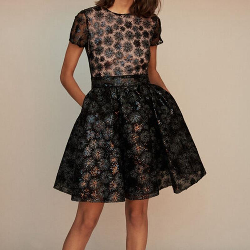 Robe Patineuse Noire Florale à Sequins CECCHI
