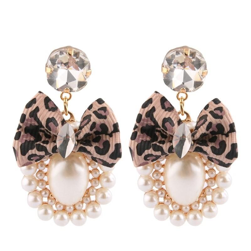 Boucles d\'Oreilles Perles et Noeud 2 Modèles