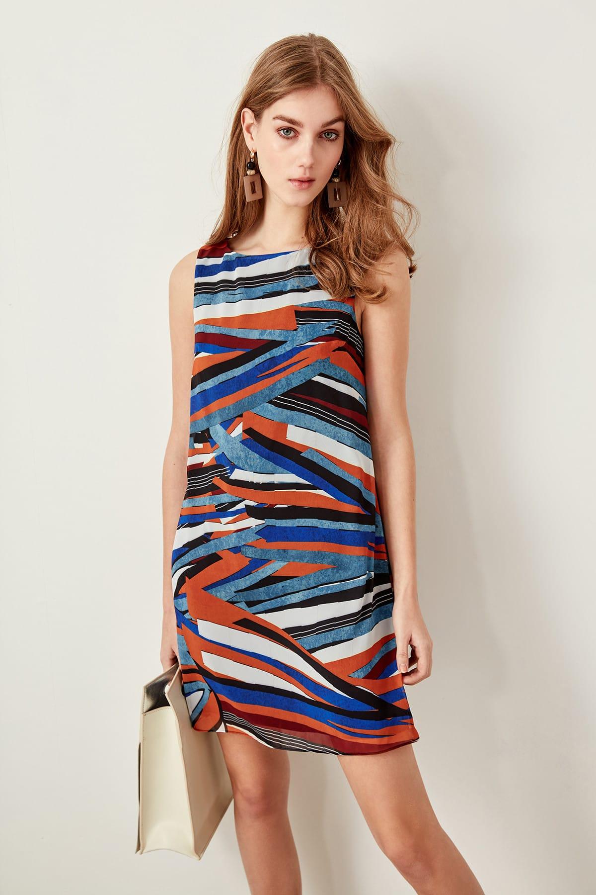Robe multicolore à motifs sans manches
