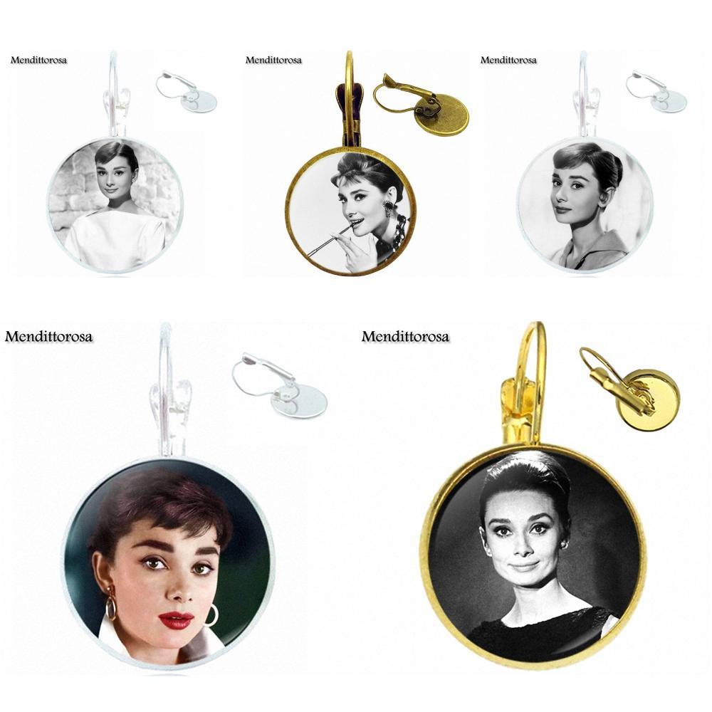 Boucles d\'oreilles Dormeuses Cabochon Audrey Hepburn