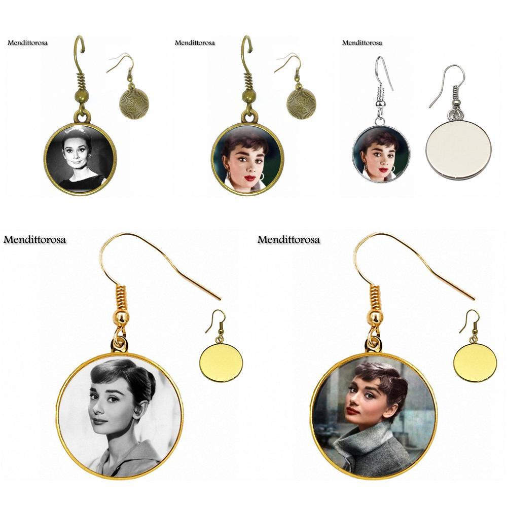 Boucles d\'Oreilles Cabochon Audrey Hepburn Différents Modèles