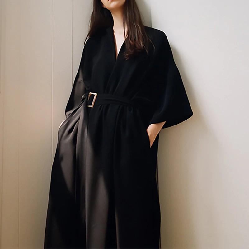 Robe Noire Loose Ample à Poches NEN