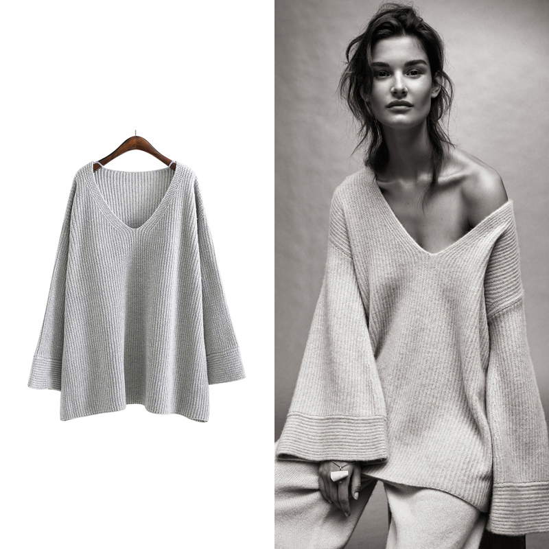 EWQ-New-Autumn-2018-Fashion-grey-simple-sexy-V-Neck-long-flare-sleeve-big-size